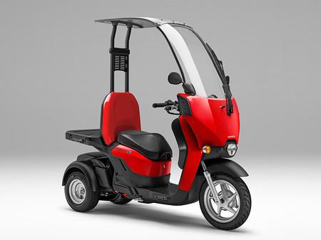 ホンダ、新型電動スクーター発売