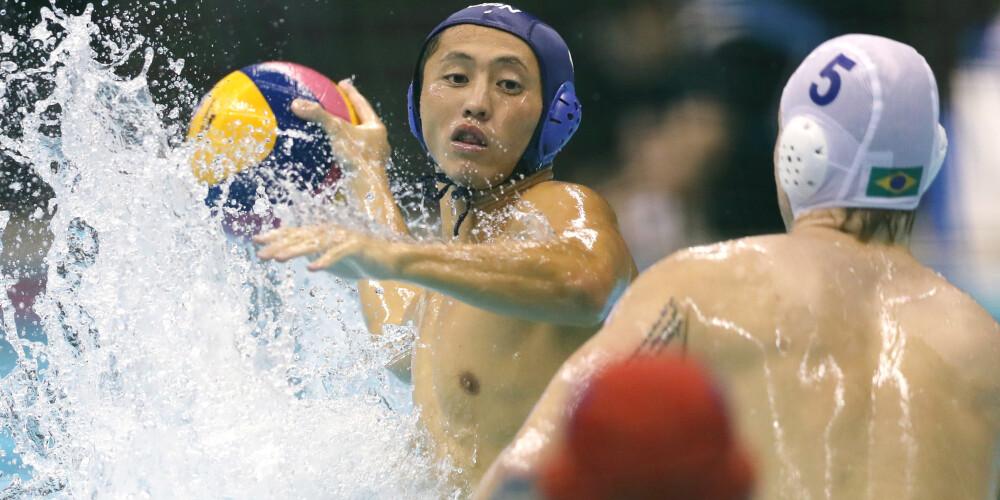 水球ワールドリーグ予選・ブラジル-日本/ゴールを決める足立